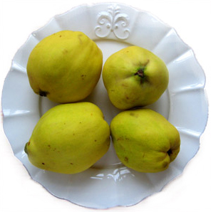 whole-quince.jpg