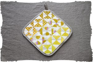 quilting triangles project kit in golden pindot