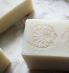 cutting soap © elisa rathje 2012